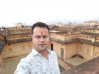I am 28 year old male from Agra