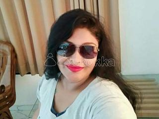 Good beautiful girls and aunties available in Trivandrum