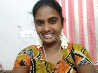 TAMIL GIRLS 90035 AND 92423 MALLU AUNTYS AVAILABLE IN YOUR CITY SALEM