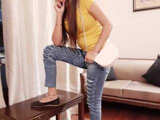 Call and whatsapp xxx myself raveena 4 hour sex service vip and geniune service fully satisfied