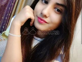 Call me nisha sharma independent girl full satisfied and video calling sex back side body massage ful kiss mouth open in bh