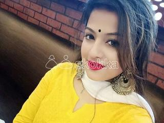MEET TELAGU HOUSE WIFE MENAKA REDDY HOT AND SEXY GIRL
