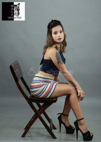 call-rohan-90164-vip-36688-top-class-vip-college-girls-models-available-in-surat-big-2