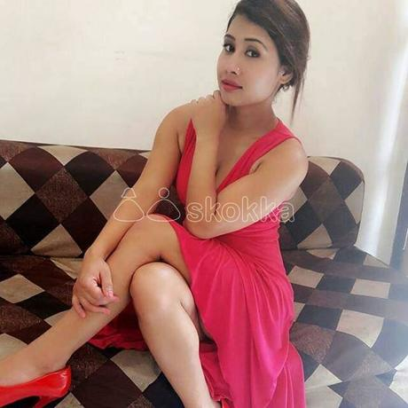 riya-rani-escort-service-high-profile-call-me-big-1