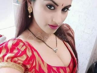 Chandigarh hot collage girl and housewife available