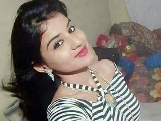 Call me punam Raj VIP top escort service home service and ho