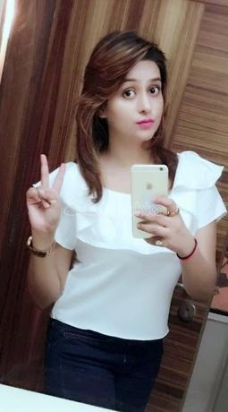 pooja-hi-profile-independent-vip-call-girl-in-all-over-hyderabad-big-0