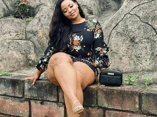 AFRICAN AND NIGRO GIRLS AVAILABLE With Room ZIRAKPUR MOHALI CHANDIGARH