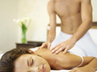 Full body massage for females with doorstep service