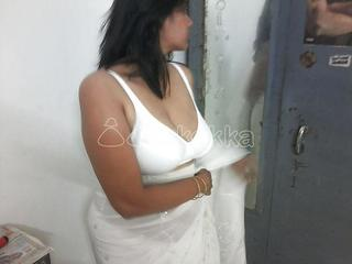 SEXY YOUNG BHABHI FED UP WITH TOY LOOKING FOR ORIGINAL COCK