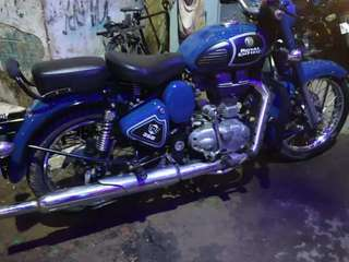 Well maintain and like new condition bike with one hand used