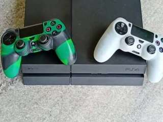 SONY PLAYSTATION 4 (2 Console )