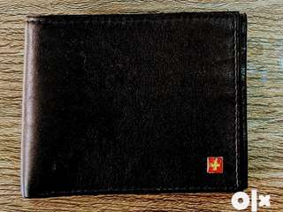 Fixed rate- SWISS MILITARY WALLET (unused)