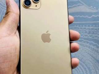Affordable models of iphone refurbished with all accessories &warranty