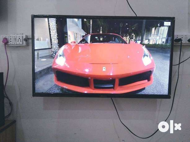 brand-new-32-smart-led-tv-picture-quality-4k-ips-panel-big-1