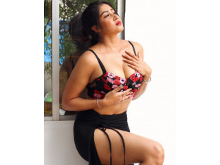 Call Girls In New Friends Colony 9654467111