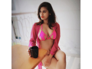 Call Girls In Kaushambi 8448334181 Escorts ServiCe In Delhi Ncr