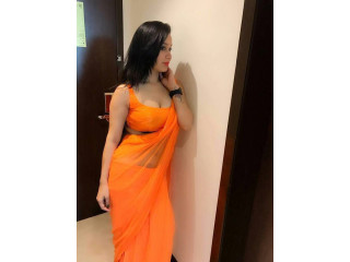 Call Girls In Kalindi Kunj 8448334181 Escorts ServiCe In Delhi Ncr